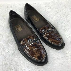 Munro American Snakeskin Vintage Loafers Sz 8